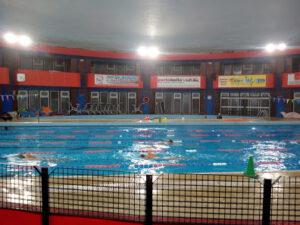 Corsi di nuoto per adulti e bambini